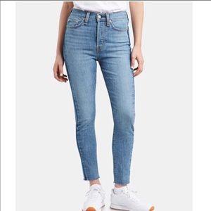 Brand new never worn Levi's wedgie skinny jeans